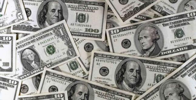Dollaro in rialzo in attesa degli eventi di giovedì / venerdì